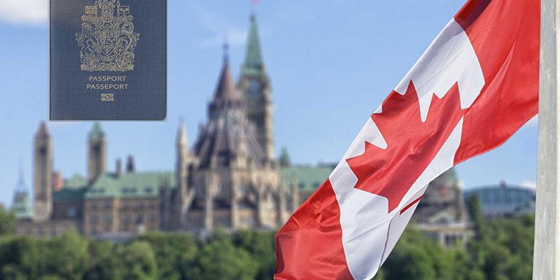 تفاصيل قرار طلب اللجوء الى كندا
