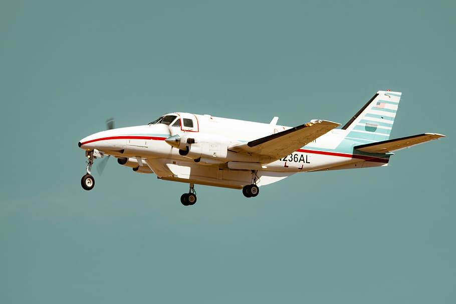 التدريب في مجال تحليل الطيران المدني في كندا
