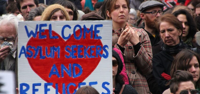 الجهات المساعدة على اللجوء في كندا