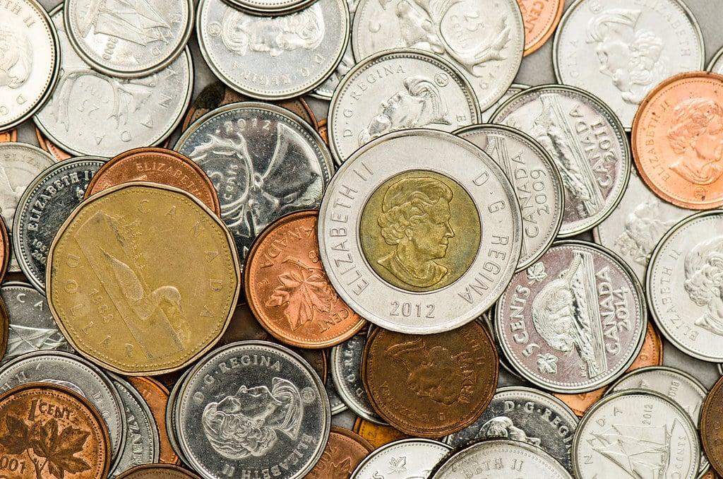 العملة الكندية تاريخها وتصميمها وقيمتها في السوق
