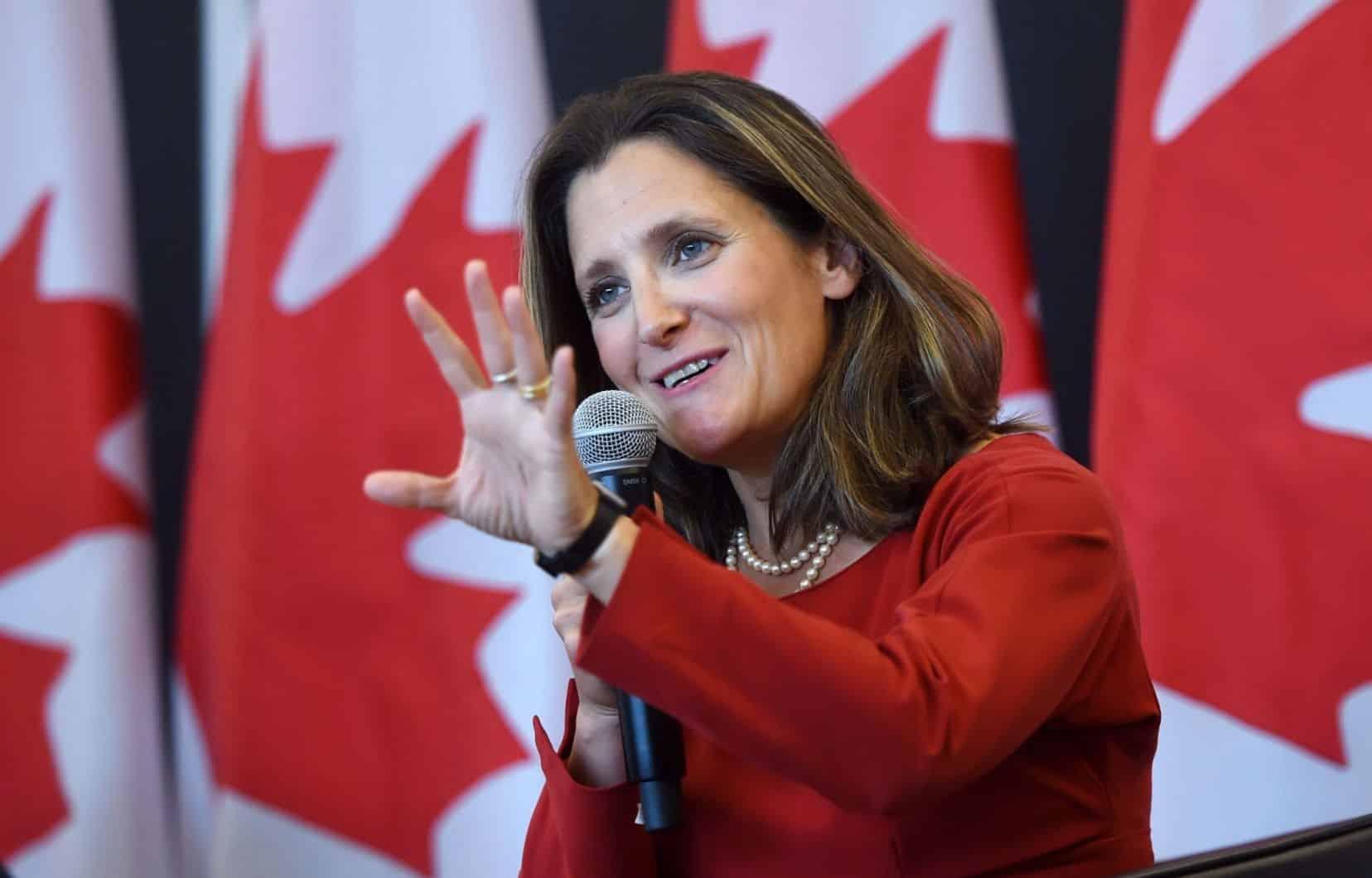 تصريحات نائبة رئيس الوزراء الكندي بشأن اعادة تشغيل الاقتصاد