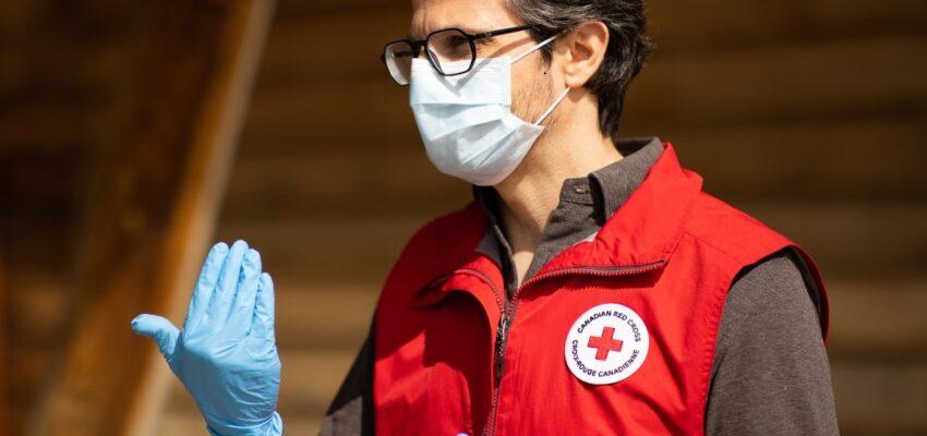 تواجد الصليب الأحمر الكندي داخل مراكز رعاية المسنين في كيبيك