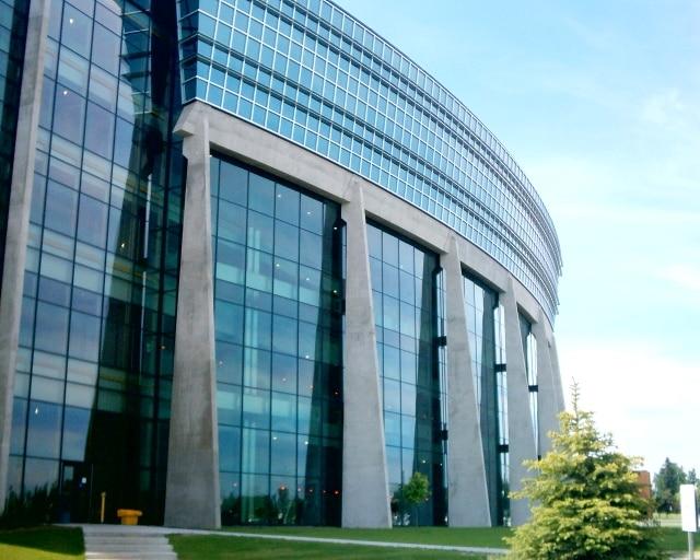 جامعة ليكهيد | Lakehead University | الدراسة فى كندا