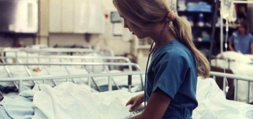 أهم برامج هجرة الممرضات إلى كندا