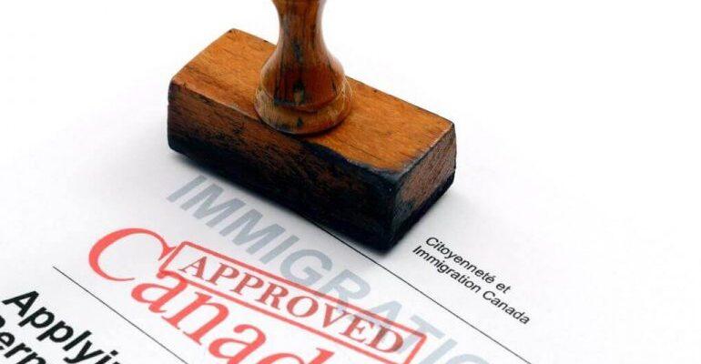 إجراءات الحصول على الإقامة الدائمة فى كندا عند التمتع بخبرة عمل