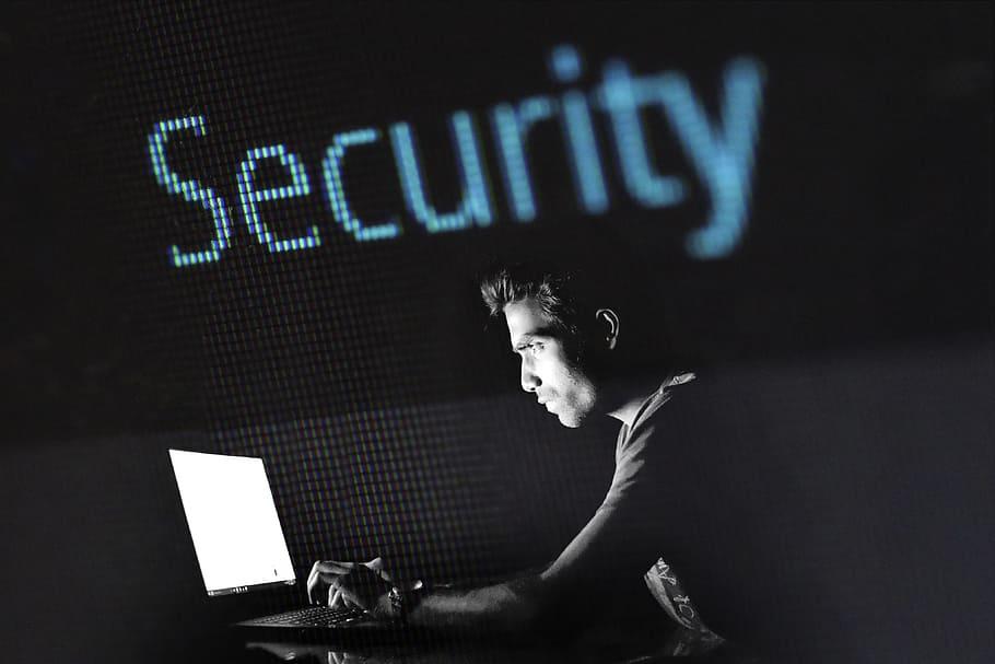 إجراءات هامة لحماية البيانات و المعلومات المالية و الشخصية عند التعرض للإختراق فى كندا