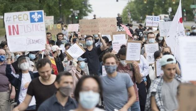 احتجاجات فى مونتريال ضد تغييرات الهجرة فى برنامج الخبرة الكيبيكية