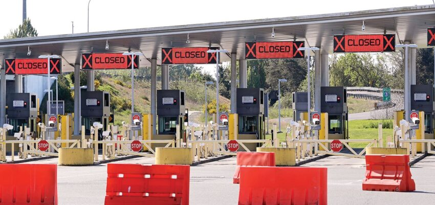 الإتفاق على إغلاق الحدود البرية بين كندا و الولايات المتحدة الأمريكية شهر إضافى
