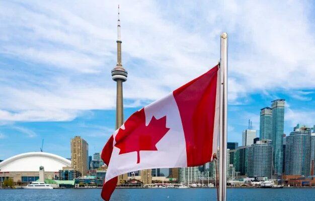 الإعلان عن وظائف متاحة فى 7 مطاعم بتورنتو وأخرى فى حكومة أونتاريو لا تتطلب خبرة كبيرة