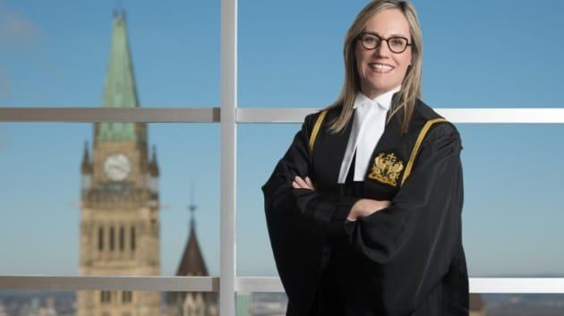 القاضية في المحكمة الفدرالية آن ماري ماكدونالد