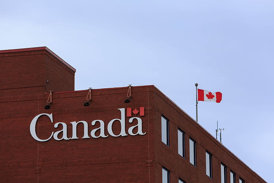 المعلومات المقدمة من خلال موقع السفارة الكندية للهجرة