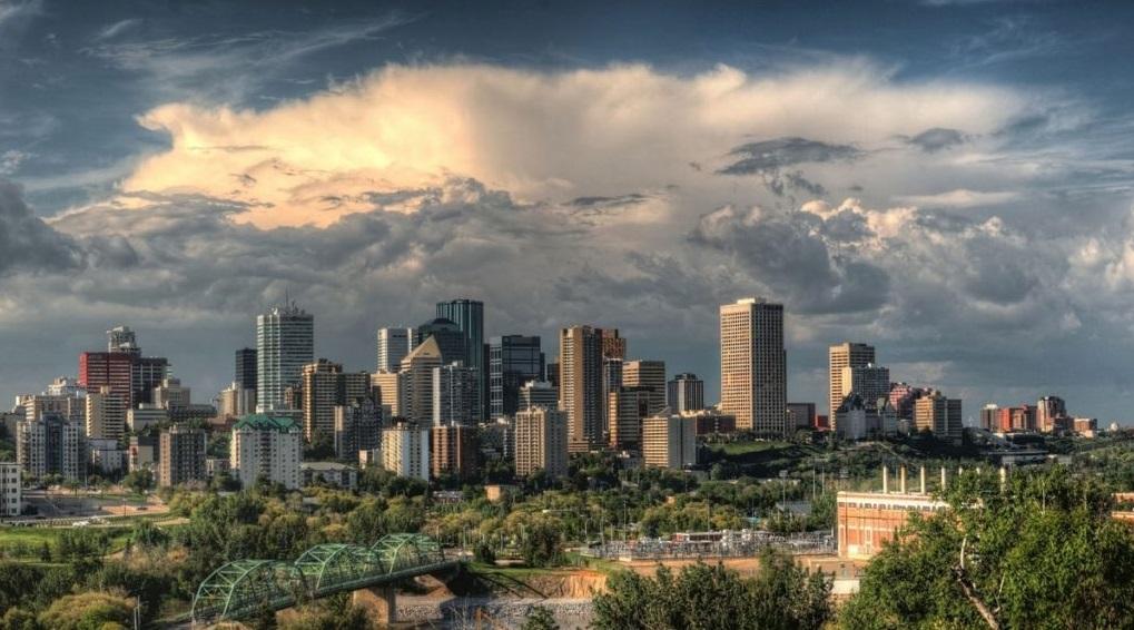 تقدم وزارة الهجرة الكندية تسهيلات للمقيمين المؤقتين والطلاب الدوليين