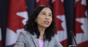 خبراء الصحة يحثون أوتاوا على الإسراع بتمويل اللقاح الكندى وسط تأخيرات الصين
