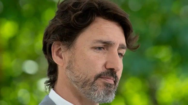 رئيس الوزراء الكندى جاستن ترودو يعتذر لكل الكنديين