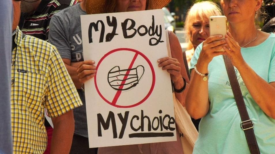 مسيرات و احتجاجات داخل كندا لانتقاد سياسة الاقنعة الإلزامية