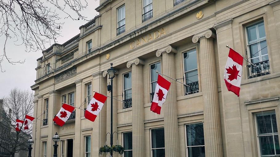 معلومات التواصل مع السفارات الكندية حول العالم