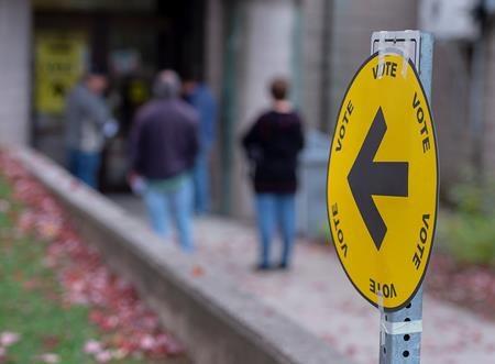 أخبار عن إجراء إنتخابات كندية مبكرة و تعديل طرق التصويت فى كندا بسبب كورونا
