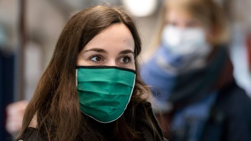 أوتاوا قد تجعل أقنعة الوجه إلزامية فى مزيد من الأماكن العامة