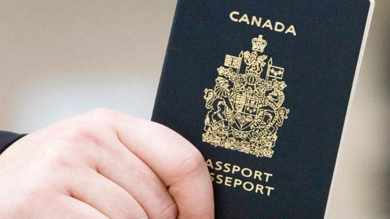إلتزام كندا بوعد إلغاء رسوم الجنسية و الوفاء به