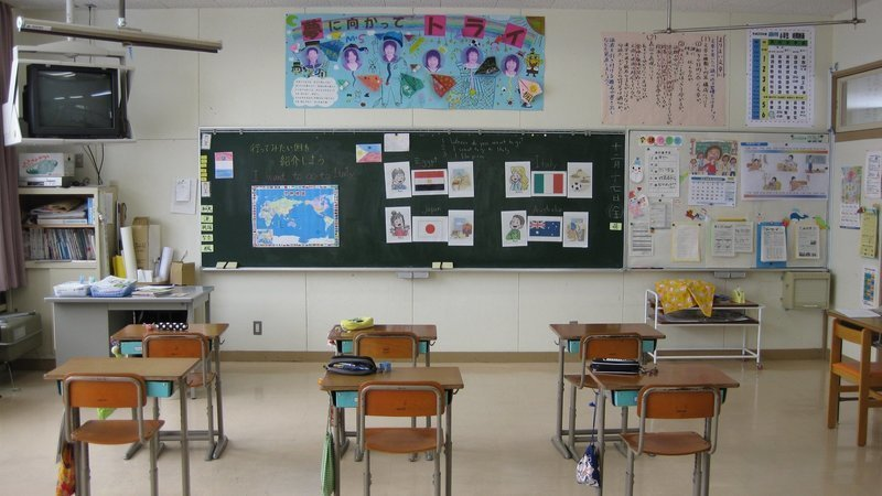 إنتقاد خطة فتح المدارس فى أونتاريو عن طريق عريضة تضمنت 200000 توقيع