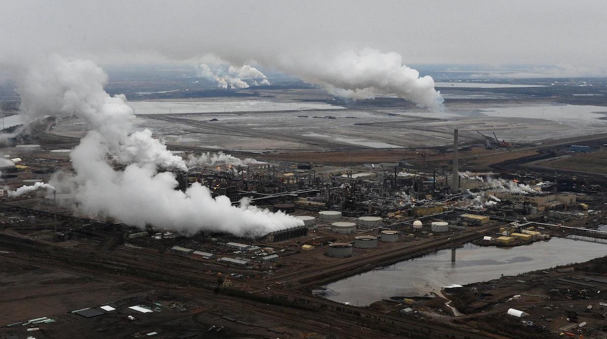 الحكومة الكندية ومقاطعة ألبرتا يوقعون إتفاق للحد من المراقبة البيئية