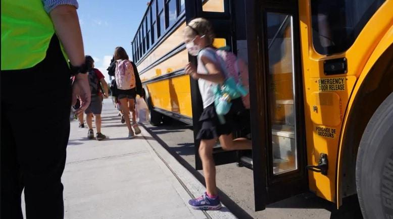 حكومة كندا تمنح المقاطعات 2 مليار دولار للمساعدة فى إعادة فتح المدارس
