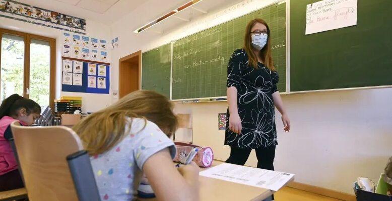 خطط إدمونتون لإعادة فتح المدارس خلال العام الدراسى الجديد