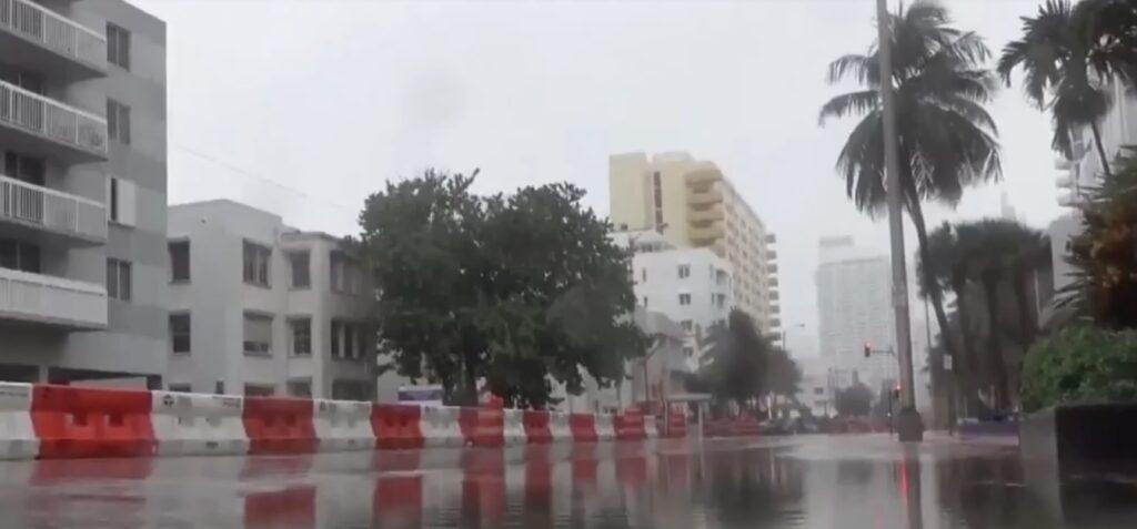 شرق أونتاريو تتعرض لأعاصير شديدة