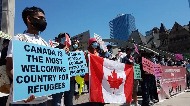 طرق طلب اللجوء الإنسانى فى كندا