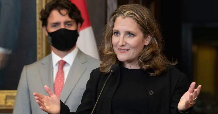 كريستيا فريلاند وزيرة المالية الجديدة بعد إستقالة بيل مورنو