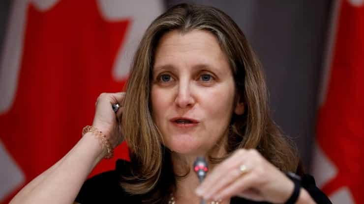 كندا تقوم بفرض رسوم على المنتجات الامريكية للرد على ترامب
