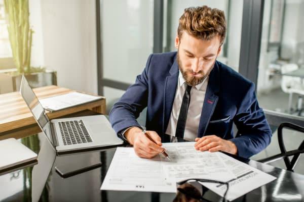 وظائف المحاسبة فى كندا الرواتب والإجراءات ومستقبل سوق العمل
