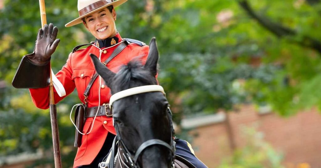 وظائف فى الشرطة الكندية