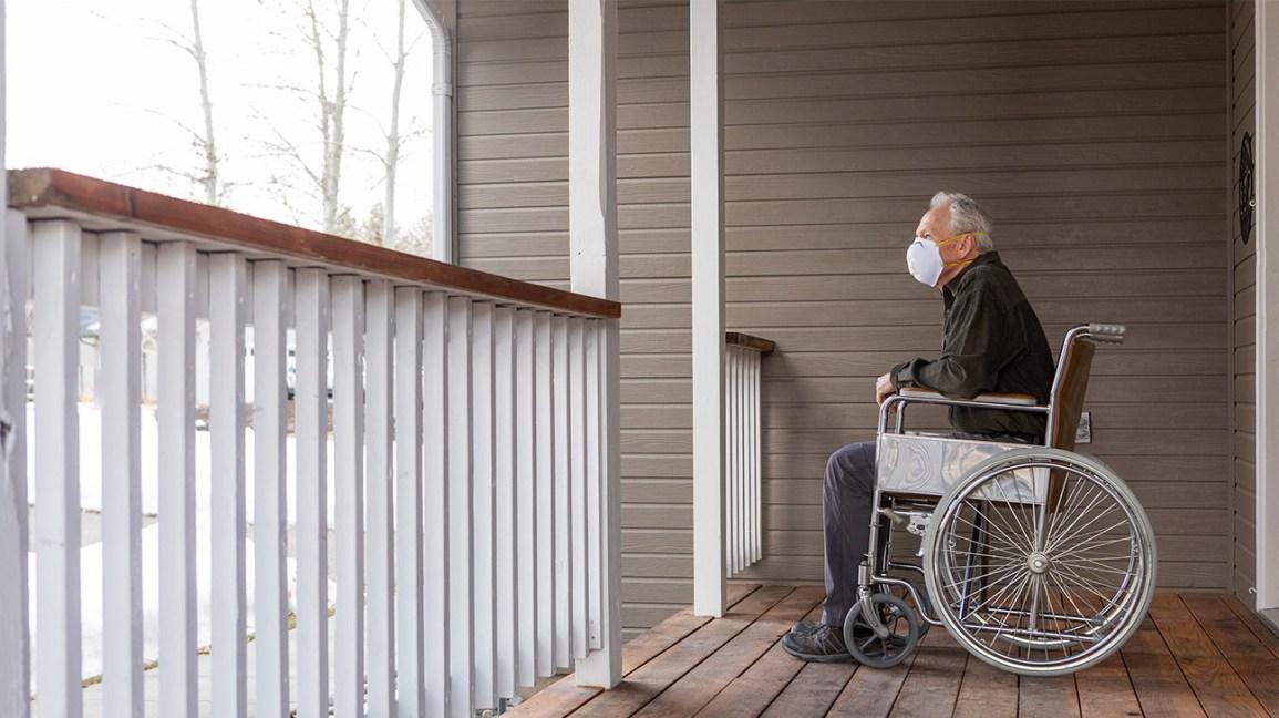 طبيب يحذر بعض دور الرعاية طويلة الأجل الكندية ليست جاهزة للموجة الثانية