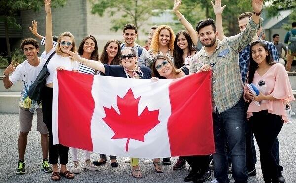 كولومبيا البريطانية تدعو 74 مهاجر للحصول على الإقامة الدائمة فى سحب Tech Pilot الجديد