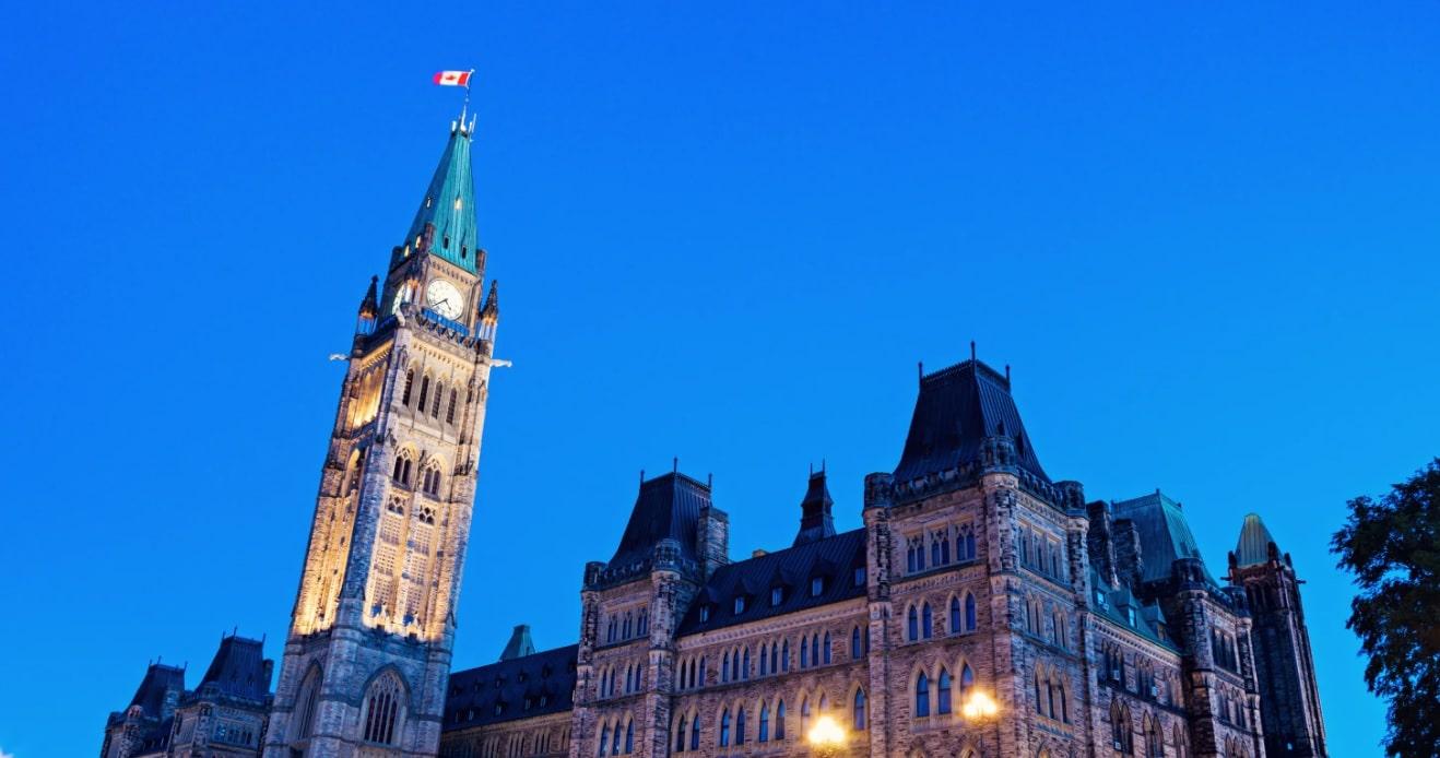 ماذا يعنى خطاب العرش الكندى للهجرة