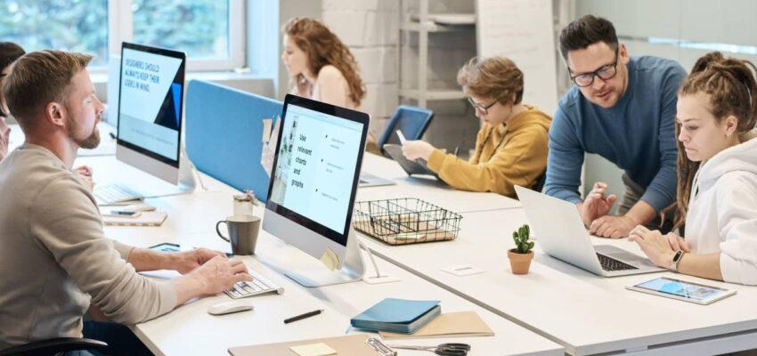 تدعو كولومبيا البريطانية 72 عامل فى مجال تكنولوجيا المعلومات فى سحب PNP جديد