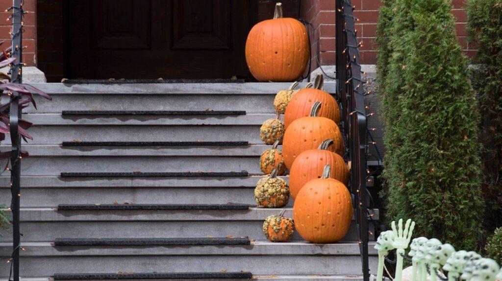 ترودو يحث الكنديين على اتباع الإرشادات الصحية المحلية فى احتفالات عيد الهالوين