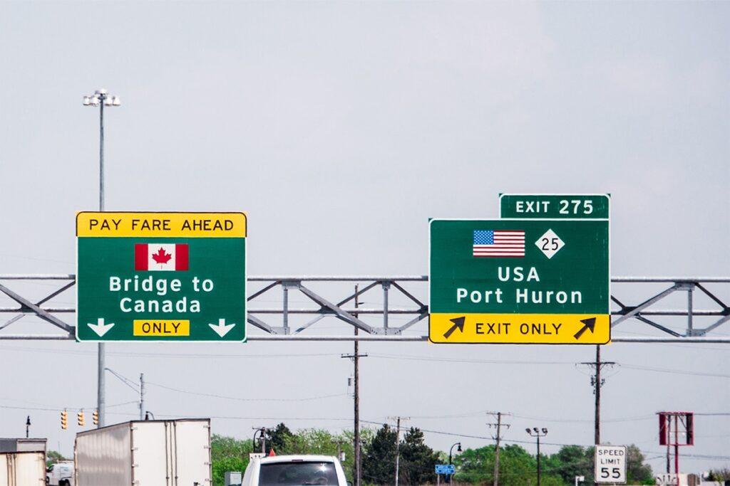 تمديد إغلاق الحدود بين كندا والولايات المتحدة للمرة السابعة