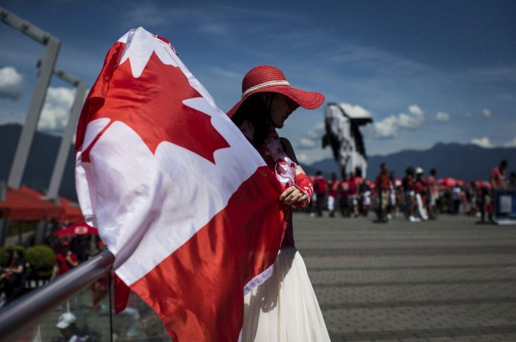دائرة الهجرة واللاجئين والمواطنة فى كندا IRCC