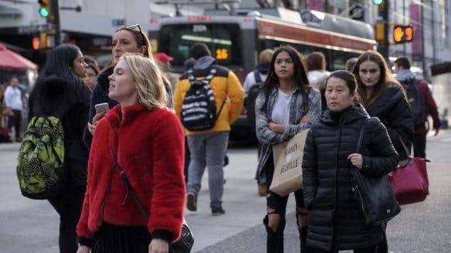 دعم الكنديين للهجرة و تزايد عدد اللاجئين