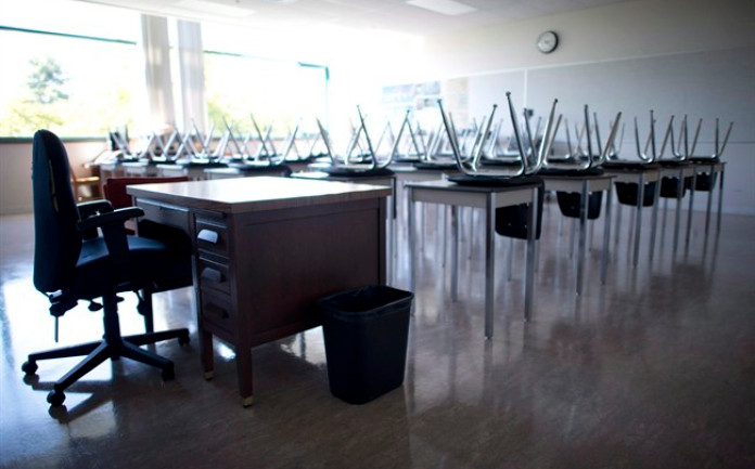 دعوات المعلمين في كولومبيا البريطانية للعمل من أجل حكومة إقليمية جديدة