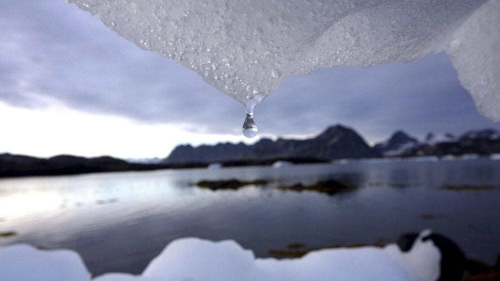 ذوبان الجليد الدائم يهدد العالم
