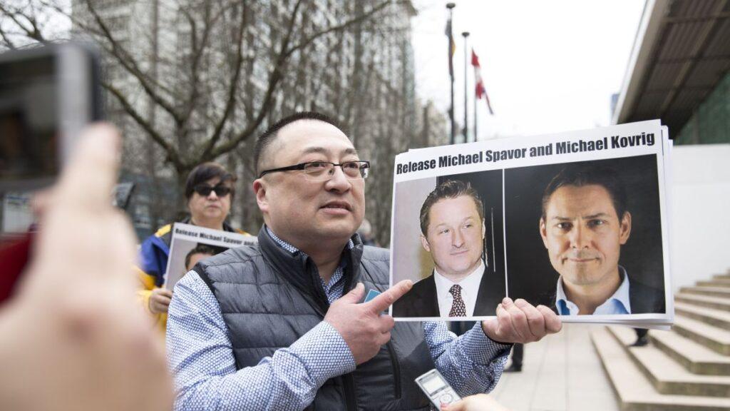 سمح للكنديين المحتجزين فى الصين بالدخول إلى القنصلية
