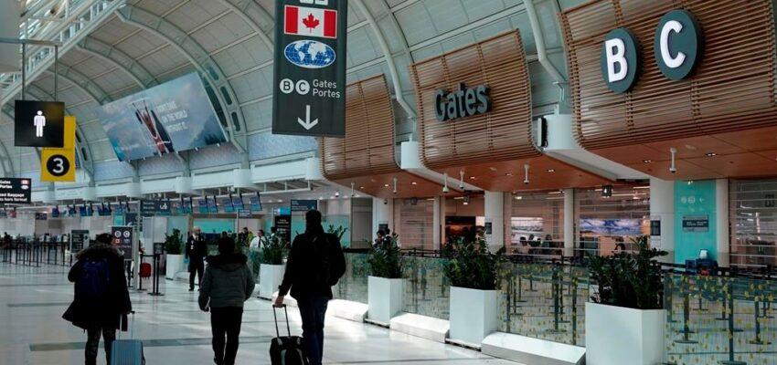 كندا تخفف قيود السفر للعائلات و السفر الإنسانى