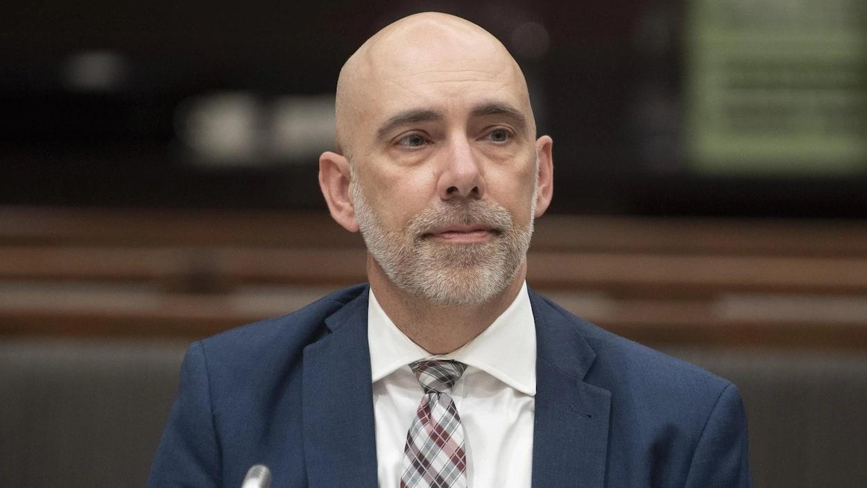 مسؤل الميزانية البرلمانى يفحص بدائل المساعدة الكندية لحالات الطوارئ