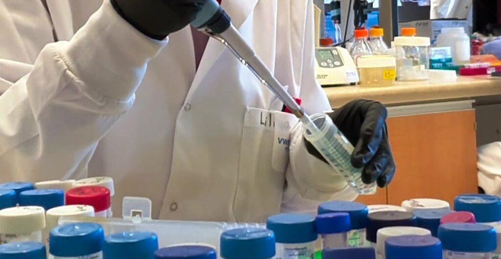 منح شركة إدمونتون للتكنولوجيا الحيوية 5 ملايين دولار للتجارب السريرية للقاح COVID-19