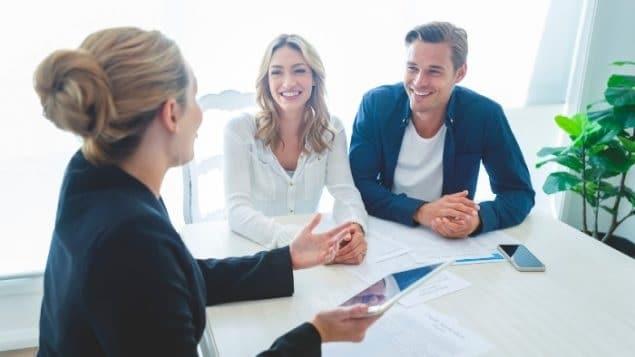 موقع كندى يهدف لزيادة فرص عمل المحاميات