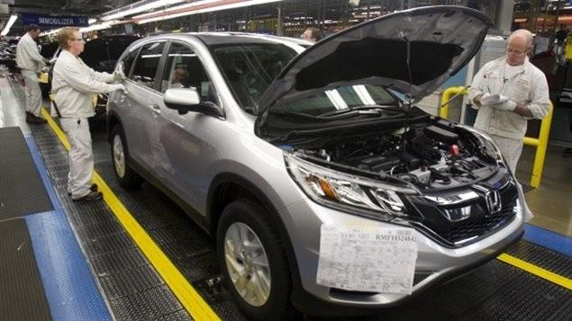 هيئة الإحصاء الكندية مبيعات التصنيع تنخفض فى أغسطس بعد 3 شهور من الإرتفاع
