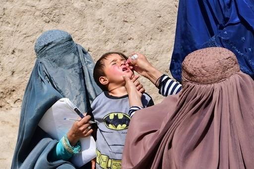 إجراءات طارئة لتلافى الحصبة وأوبئة شلل الأطفال فى جميع أنحاء العالم